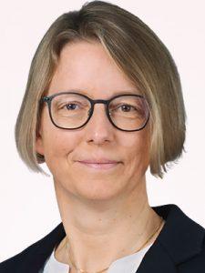 Tanja Riepshoff (Vorstand SVEK, Schweizerische Vereinigung für evangelisches Kirchenrecht)