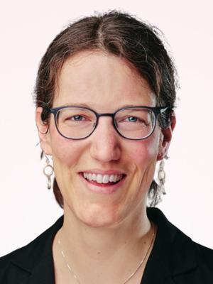Ursina Hardegger (Vorstand SVEK, Schweizerische Vereinigung für evangelisches Kirchenrecht)